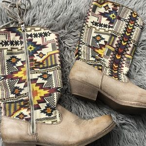 612e936289c ⚡️24HR⚡️ Aztec Patterned Cowgirl boots